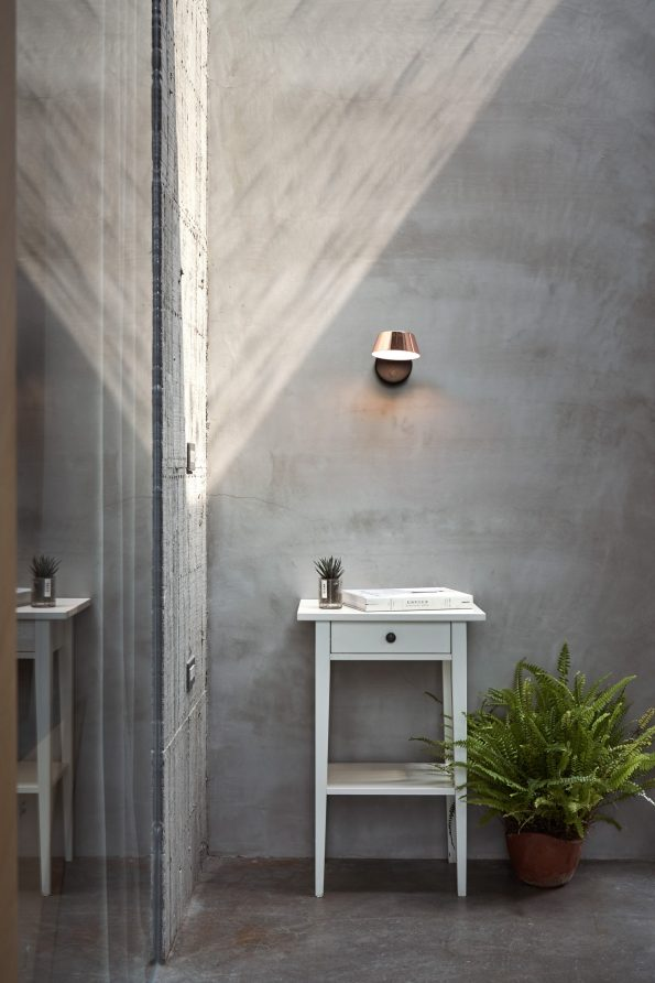 OLO Wall Sconce