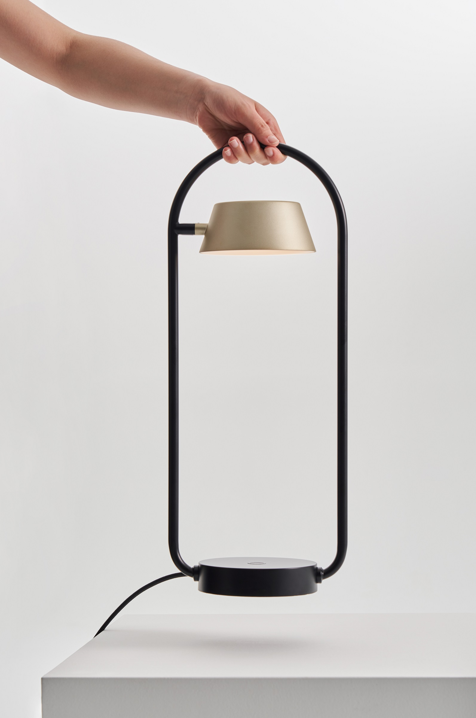 Red Dot Award Product Design 2021 OLO Table Lamp